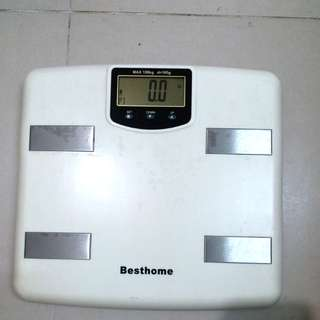 Digital scale 100 percent working