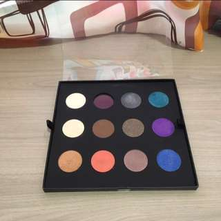 Free Shipping MAKE UP FOR EVER Eyeshadow