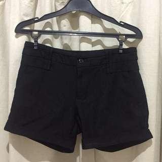 Short Black Pants