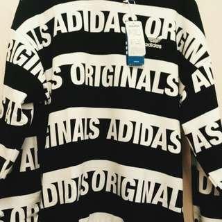 Adidas original 大學T