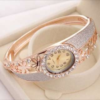 Ladies Rhinestone 18k Gold Filled Bracelet Watch