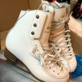 Jackson 3 白色二手溜冰鞋