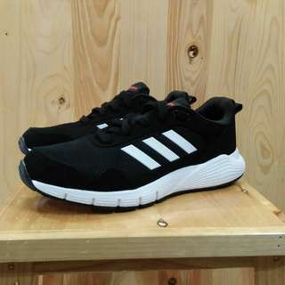 SEPATU ADIDAS FLUID CLOUD BLACK WHITE