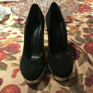Size 6 Nine West Heels