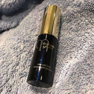 Cle de Peau radiant foundation stick ocher