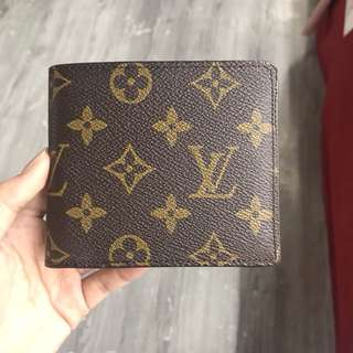 Louis Vuitton Mens Bifold Wallet
