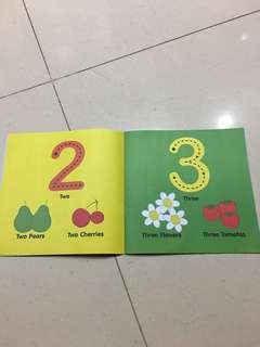 Learning count to 12 book