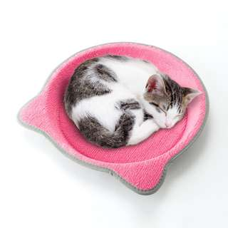 Nyanta Club Scratcher Tray for cats