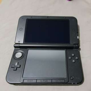 Nintendo 3DS XL (OLD) + game