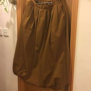 Muji 泥黃色泡泡型長裙