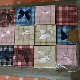 Gift box (8x8x3.2cm Ht) 48 boxes