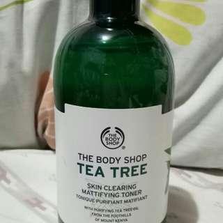 SALE! THE BODY SHOP TEA TREE MATTIFYING TONER