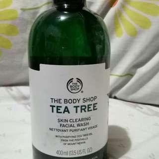 SALE! THE BODY SHOP TEA TREE FACIAL WASH