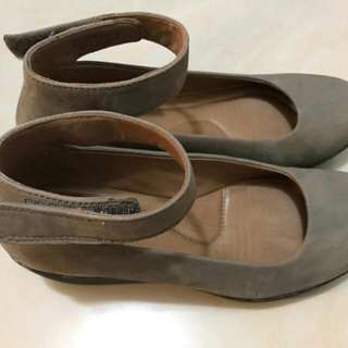 Clarks Artisan [Wear Once Only] 新淨