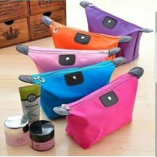 Tas kosmetik / make up pouch
