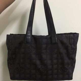 AUTHENTIC CHANEL BLACK CANVAS LEATHER TOTE