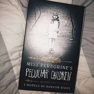 MISS PEREGRINE'S BOX SET (from SGP)