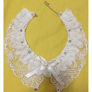 collar - lace with layer and fake diamond and ribbon