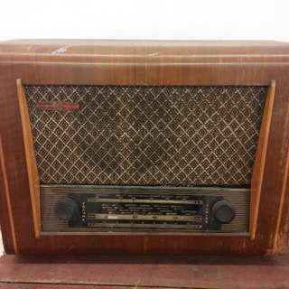 Antique Vintage Pye Radio England
