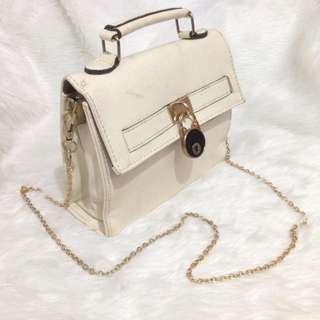 Elegant Off-white Sling Bag