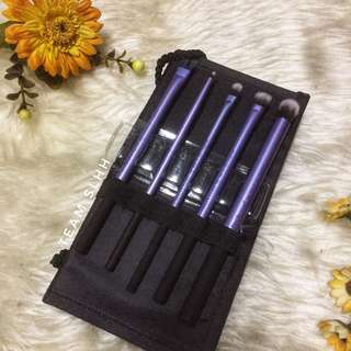 Real Techniques Brush Travel Set