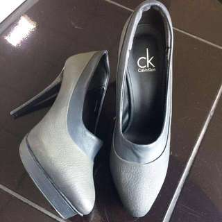 (Reprice) Calvin Klein Grey Leather Pump Heels