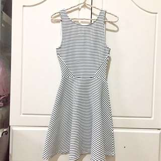 H&M Stripes Dress with Back Zipper fit to S