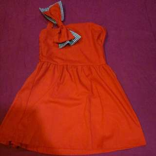 Baju pesta dress merah pita
