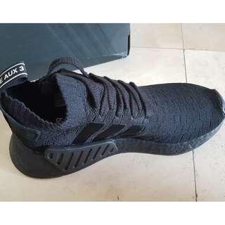 Adidas NMD R2 Triple Black US 6