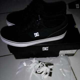 DC SWITCH S BLACK BNIB