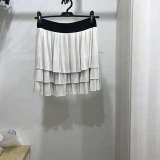 GG5 tiered skirt