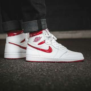 Nike Air Jordan 1 Retro White Red