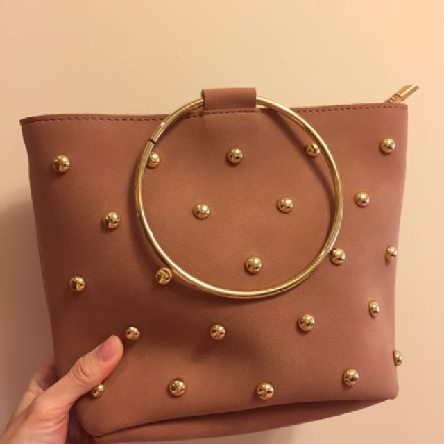 磨砂 麂皮 鉚釘金屬環 粉紅色 手提肩背斜背包 $250