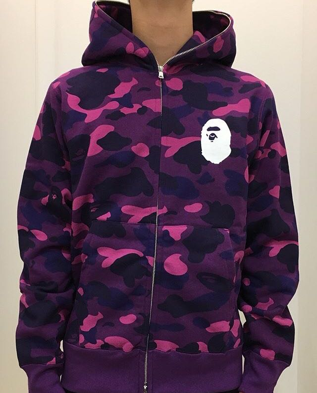 941071992f455 BAPE COLOR CAMO BAPE FULL ZIP HOODIE, Men's Fashion, Clothes on Carousell