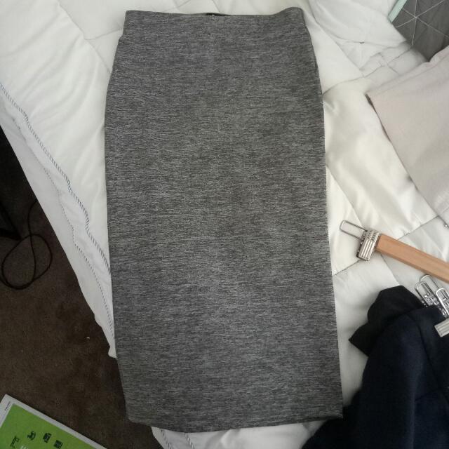 Barbot Size 8 Grey Tube Skirt Stretchy Bodycon