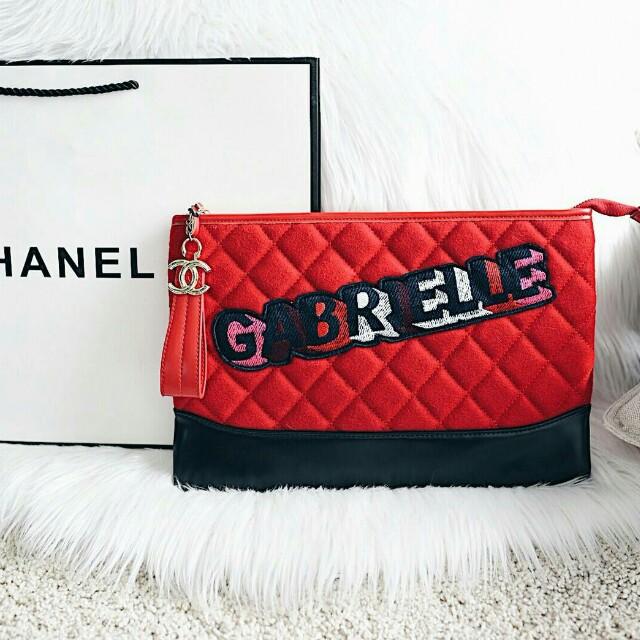 Chanel Gabrielle Graffiti O Case Pouch bc524fb534