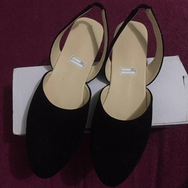 Flat shoes hitam (No barter)