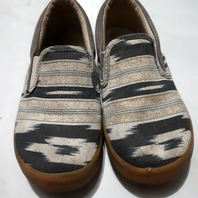 Gap Slip On Shoes for toddlers