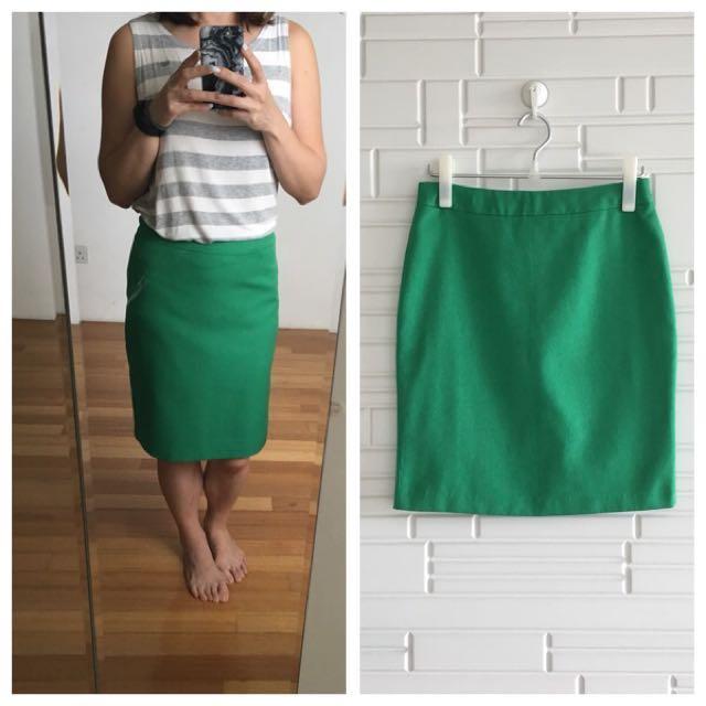 ab1b3635aba5 Green Korean pencil Work Skirt Korea Size M, Women's Fashion ...