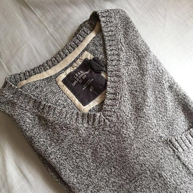 H&M 男生V領針織上衣#新春八折