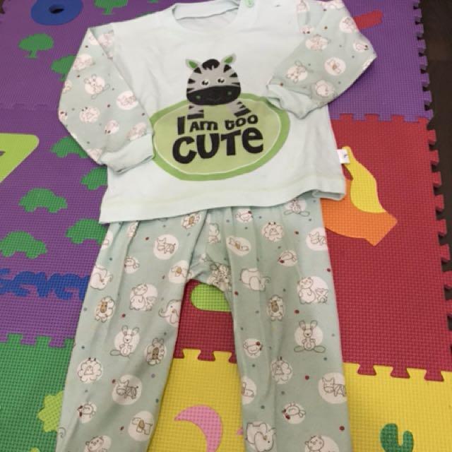 Preloved pyjama size M ( 9-18 months )