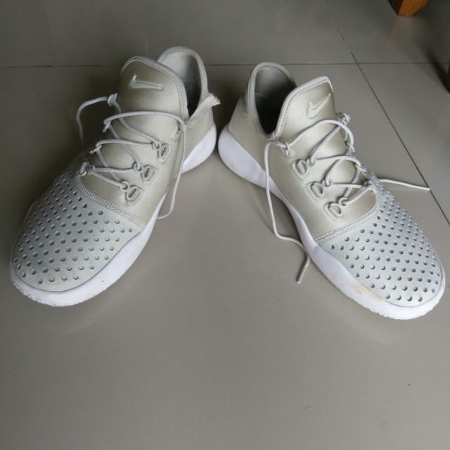 Rare   Nike FL Rue White Gold   Original