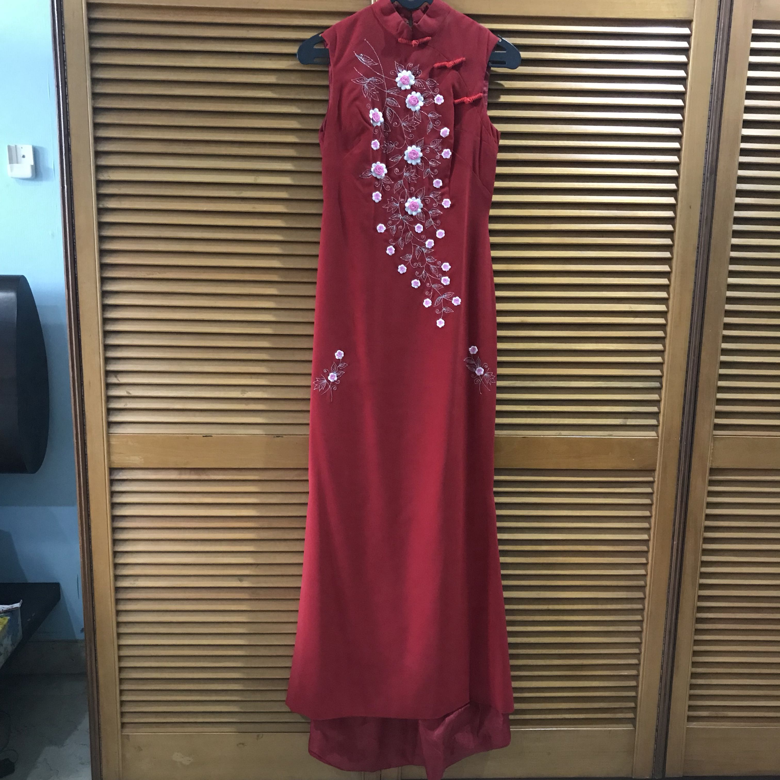 Red embroidery dreas