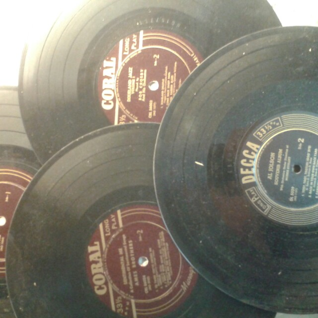 Ten 33 1/3 Decca & Coral Records (1940's)