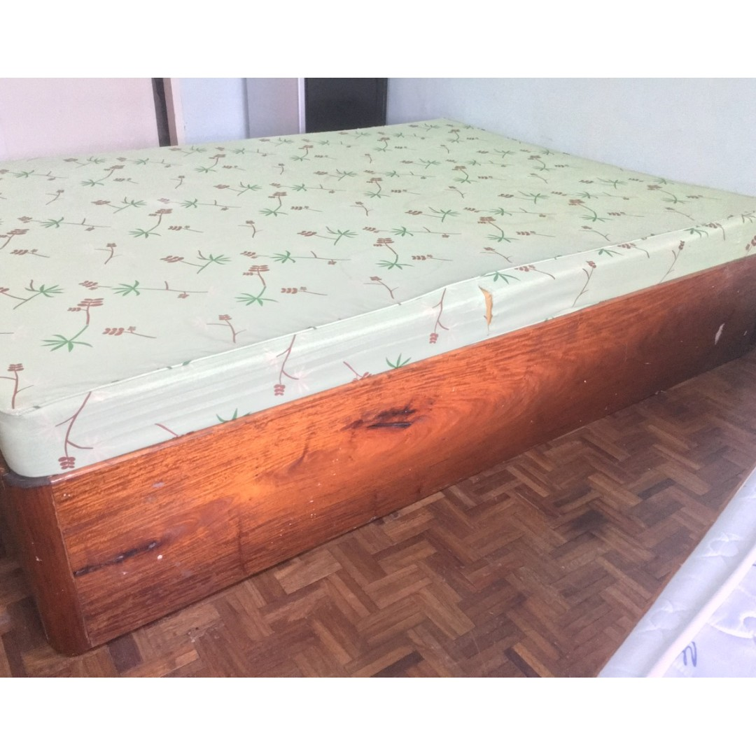 URATEX Double Size Bed Mattress with Hardwood Bed Frame, Home ...