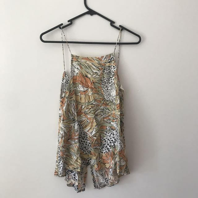 ZULU AND ZEPHYR FLORAL TOP
