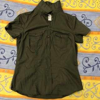 H&M Navy Green Short sleeve tee