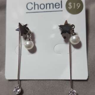 Chomel Earrings at discounted price