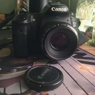 Canon 60D body with LP-E6 Battery and Generic Charger