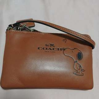 Coach Snoopy edition brown Wristlet